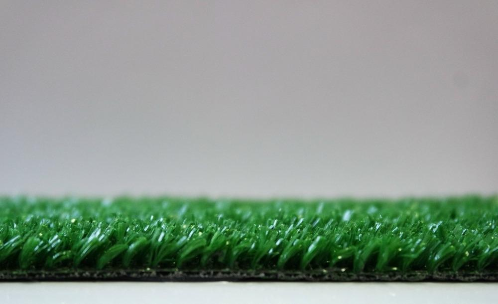 Резиновая крошка или искусственный газон, что выбрать?